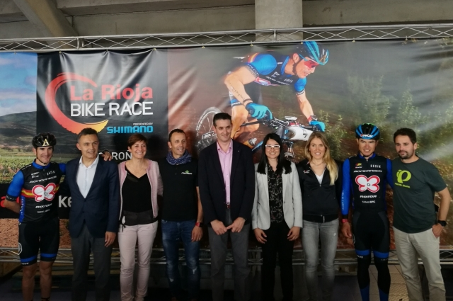 Entrega de dorsales en La Rioja Bike Race presented by Shimano